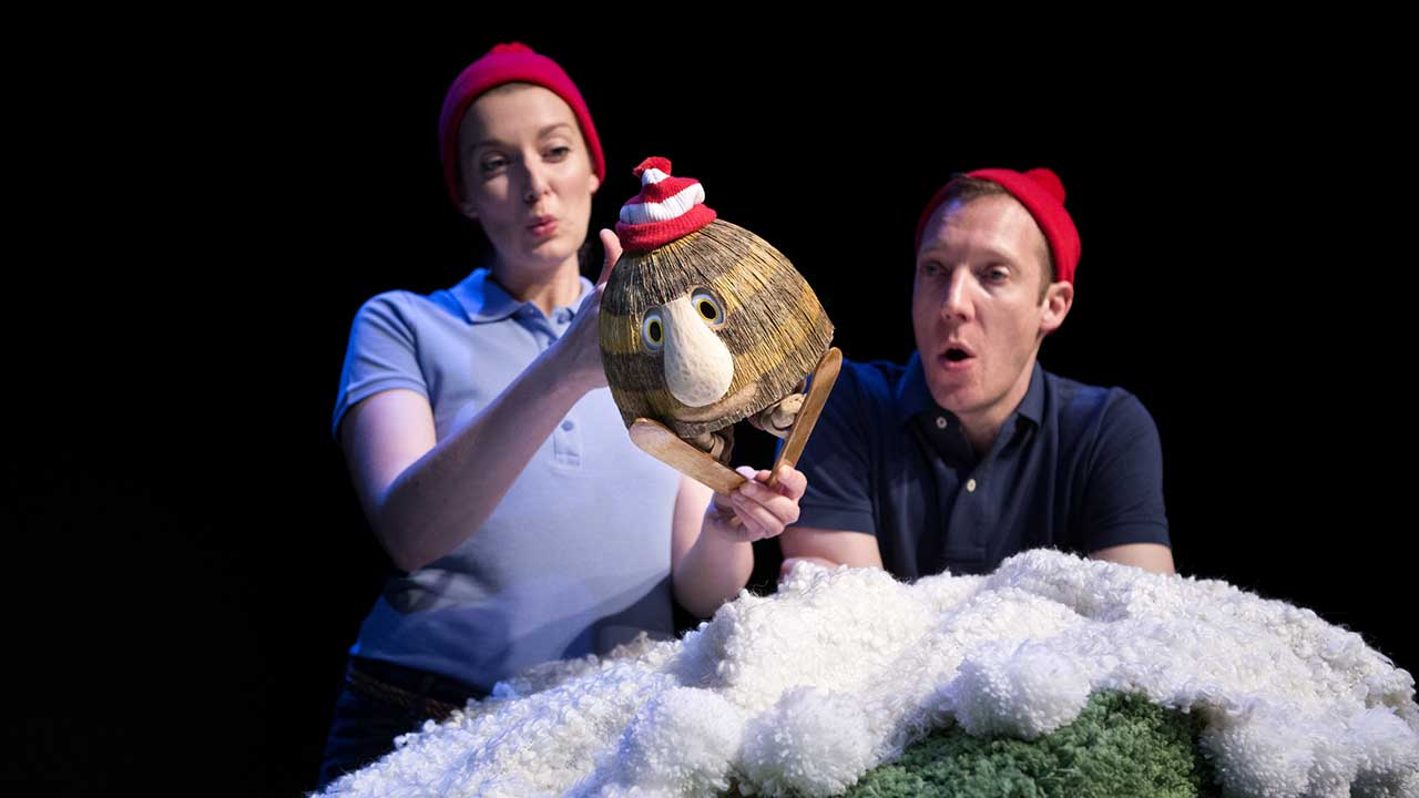 10. Grug & the Rainbow. Photo Shane Reid. L-R Ellen Steele, Nathan O'Keefe