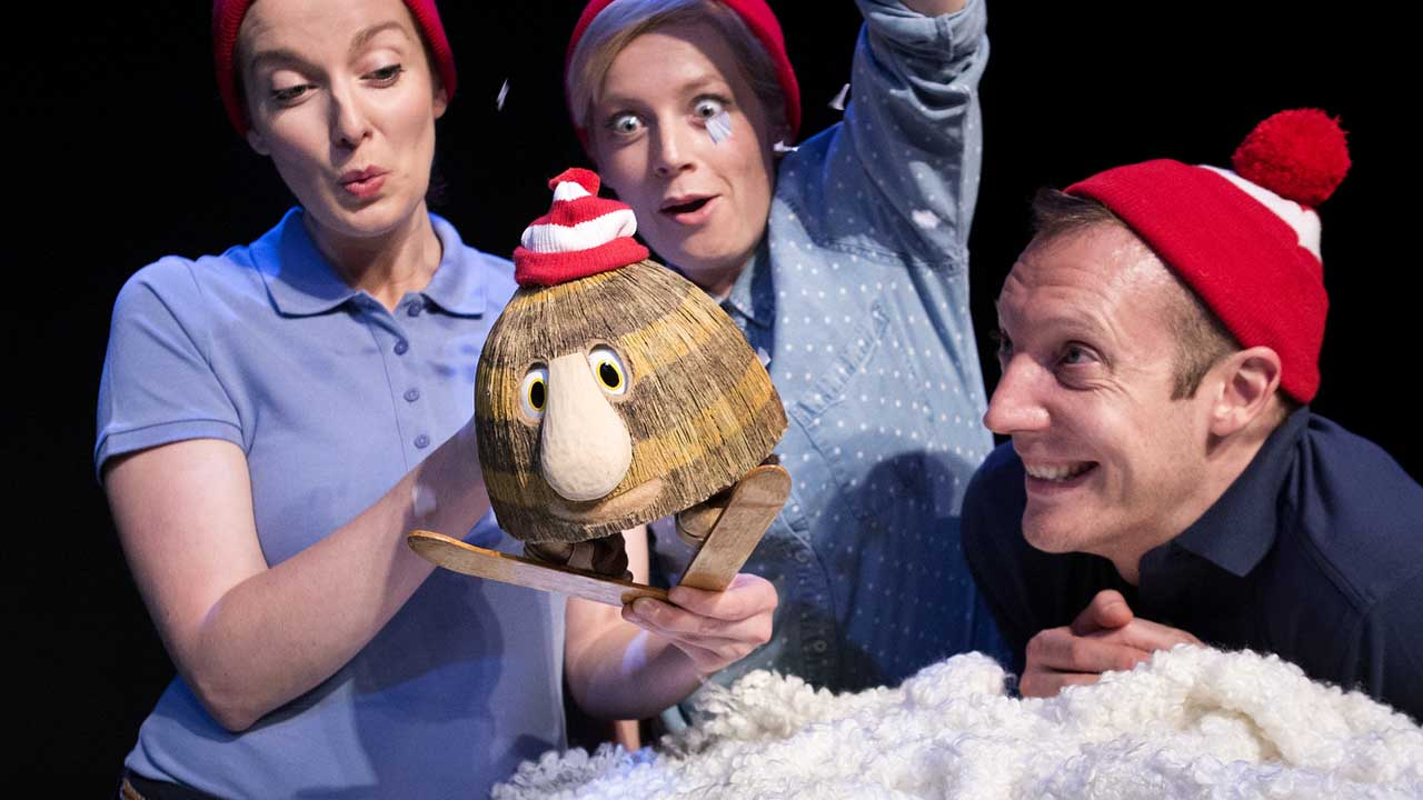 11. Grug & the Rainbow. Photo Shane Reid. L-R Ellen Steele, Jude Henshall, Nathan O'Keefe