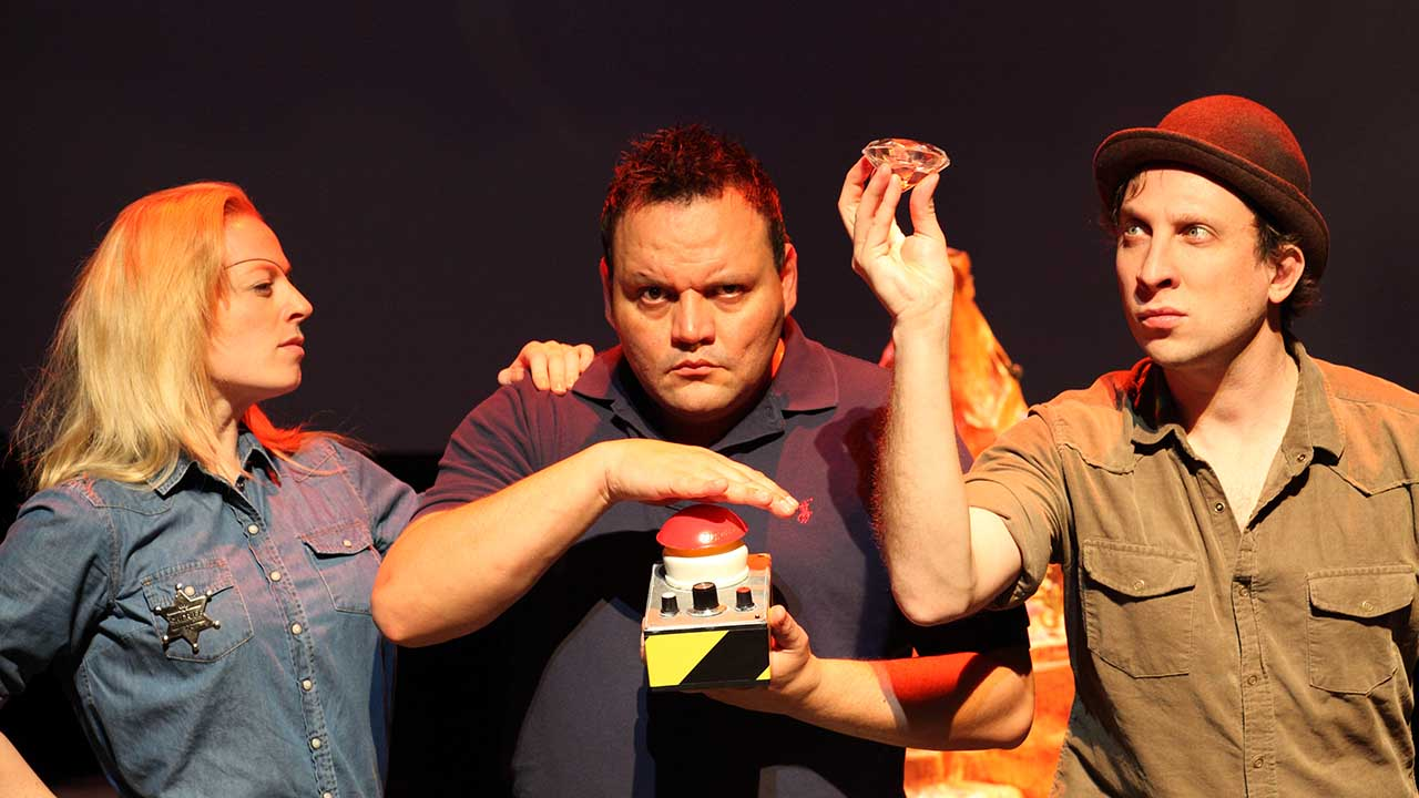 9. Escape from Peligro Island. L-R Jude Henshall, Alirio Zavarce, David Heinrich. Photo Tony Lewis